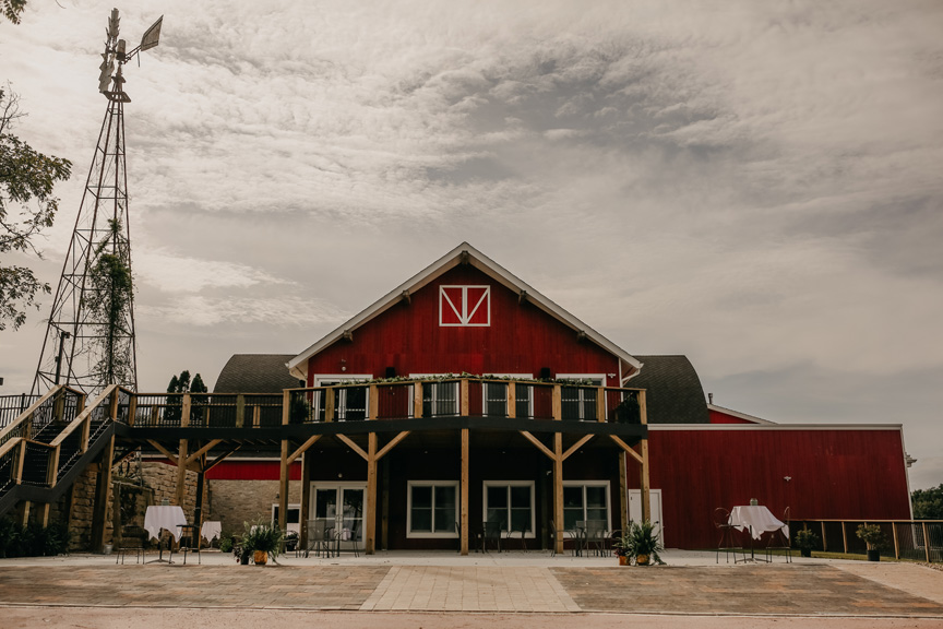 Holiday Parties, Special Events & Conferences at Vennebu Hill – New Facility in Wisconsin Dells